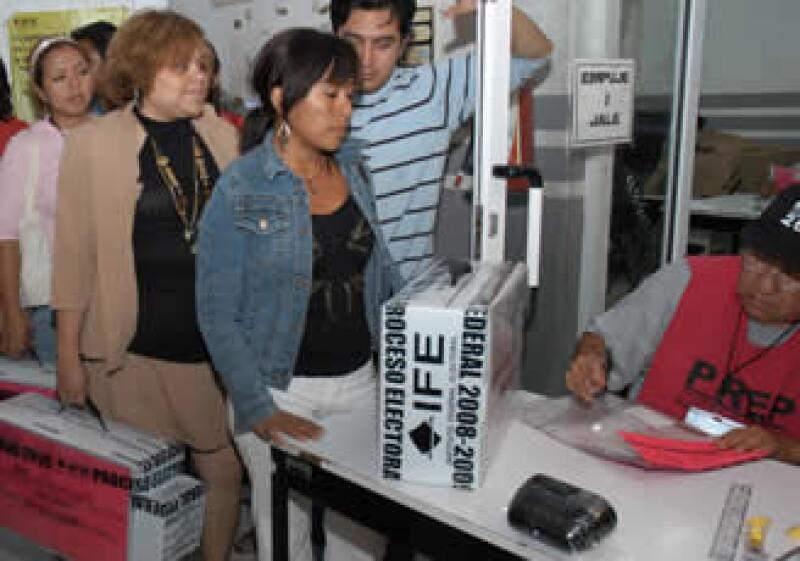 El partido gobernante, PAN, perdió la mayoría en la Cámara de Diputados en las elecciones del domingo. (Foto: Notimex)