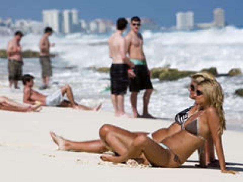 Los estudiantes estadounidenses comenzaron a llegar a las playas mexicanas. (Foto: Reuters)