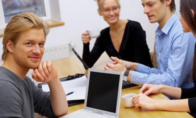 Las empresas deben construir sentido de pertenencia entre sus empleados. (Foto: Photos to Go )