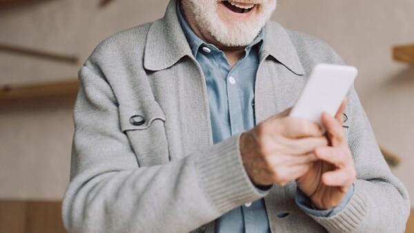 Adultos mayores y tecnología