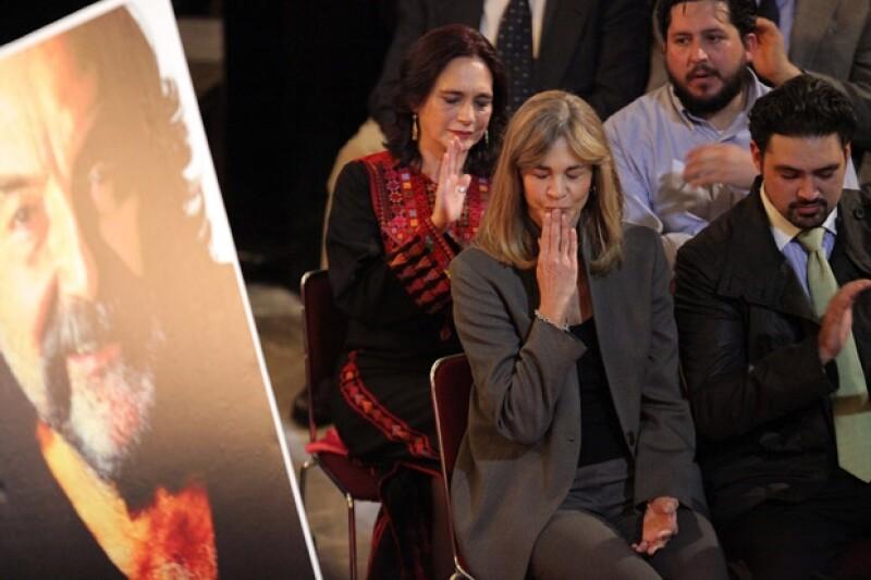 Familiares y amigos dedicaron algunas palabras de despedida a Armendáriz Jr.