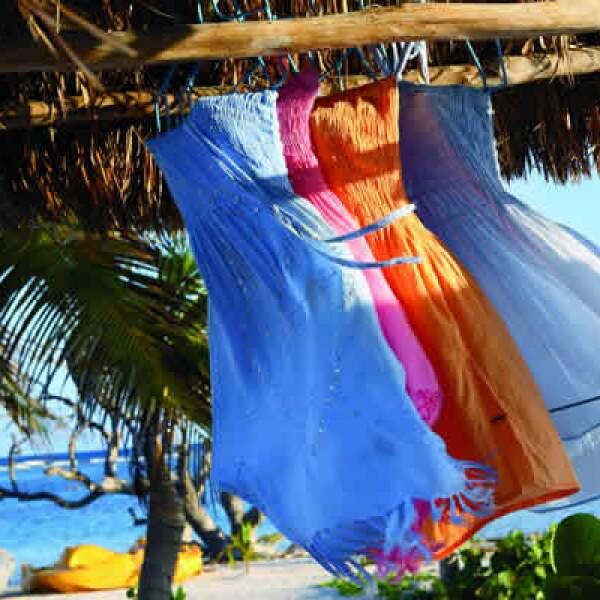 Los colores y el contraste de formas son escenas recurrentes en Mahahual.