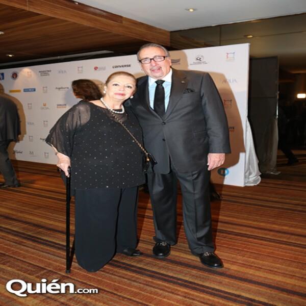 Gloria Devlin,Frank Devlin