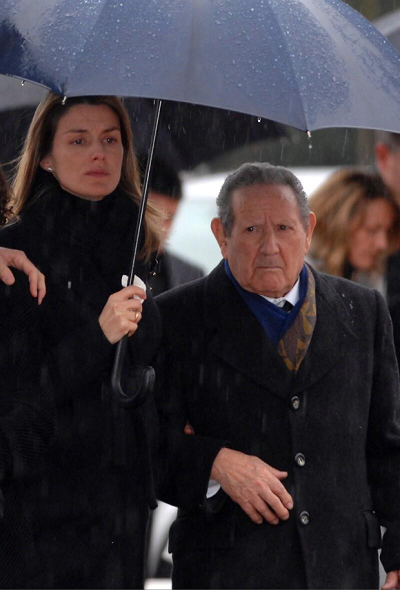 El abuelo materno de la Reina, Francisco Rocasolano, murió este lunes por problemas coronarios en el hospital Clínico Universitario de Salamanca.
