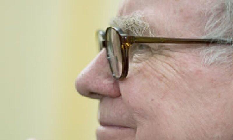 Warren Buffet dio a conocer que alrededor de un tercio de las 400 personas más ricas en Estados Unidos pagan una tasa impositiva del 15% o menos. (Foto: AP)