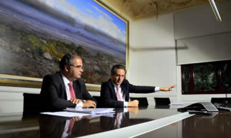 Antonio del Valle Perochena, presidente del Consejo de GFBX+ y Ángel Ron, presidente  Banco Popular de España que adquirió en 2013 el 24.99% de GFBX+. (Foto: Ramón Sánchez)