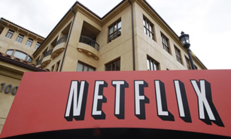Netflix ha logrado adaptarse a su mercado a través de los años, antes enviaba por correo los títulos y ahora los presenta en línea. (Foto: AP)