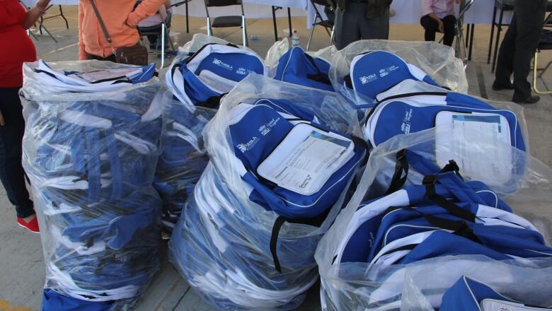 Denunció apenas la entrega de mochilas, pese a que el hecho ocurrió en noviembre de 2015.