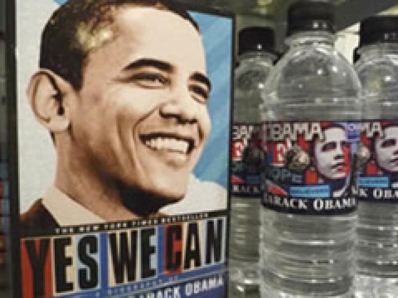 Souvenirs como éstos, que se venden en Virginia, abundan en un sinnúmero de tiendas de EU con el lema de campaña de Obama. (Foto: Reuters)
