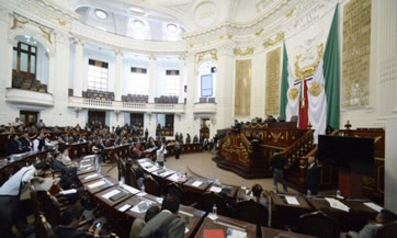 La ALDF aprobó un aumento de 2.5% a 3% para el impuesto sobre nóminas en el Distrito Federal.  (Foto: notimex)