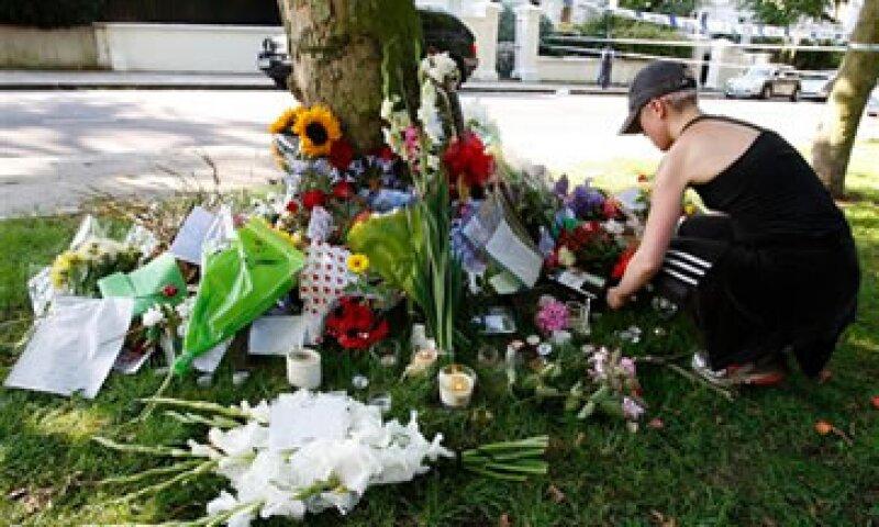 Winehouse fue encontrada el sábado sin vida en su casa de Londres. (Foto: AP)
