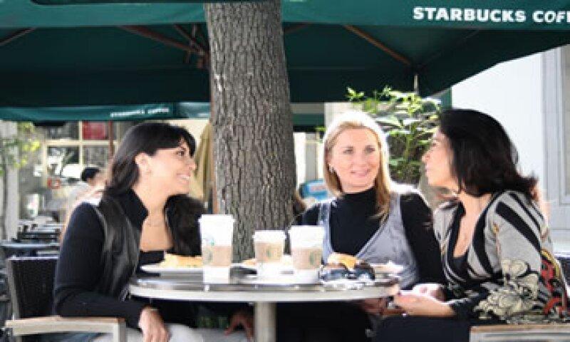 Hacia finales del 2015 Alsea operará 517 cafeterías Starbucks en México y 138 en Argentina. (Foto: Cortesía Alsea))