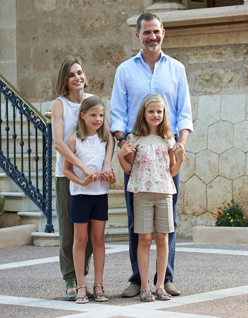 Tras los escándalos en los que se ha visto involucrada, la Familia Real española ha cambiado los grandes festejos por reuniones de muy bajo perfil.