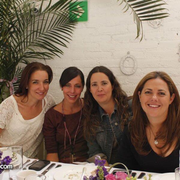 Paula Doval,Silvia Rivera,Ati Sánchez,Lorena Casanova
