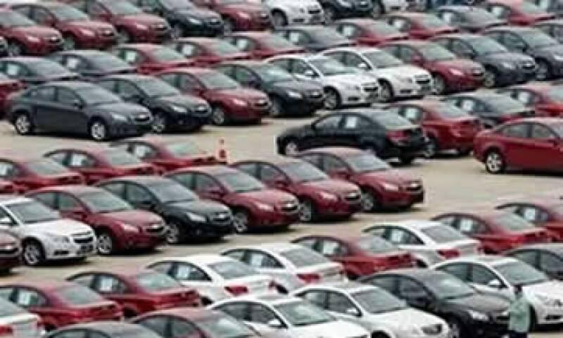 Autos (Foto: AP)