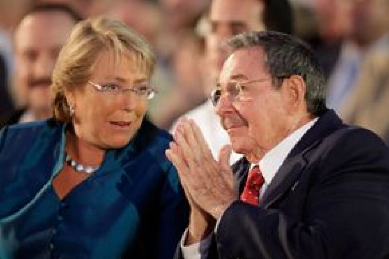 Michelle Bachelet y Raúl Castro se sentaron juntos durante la ceremonia de inauguración.