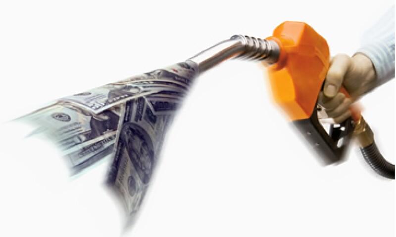 El aumento mensual de 11 centavos sí tendrá impacto importante en la inflación en 2013. (Foto: Getty Images)