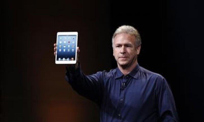 Phil Schiller, vicepresidente de marketing de productos de Apple, durante la presentación de la iPad mini.  (Foto: Reuters)