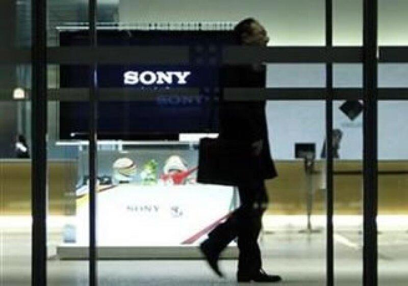 Las ventas de televisores 3D y con conexión de Internet no han bastado para levantar esa área de negocio. (Foto: Reuters)