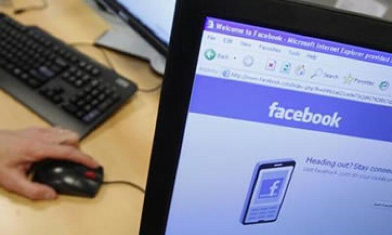 California podría quedarse sin liquidez a partir del próximo jueves, aun con la venta de papeles de Facebook. (Foto: Reuters)