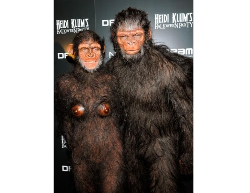 En 2011 la pareja de artistas se divirtió al disfrazarce de simios.