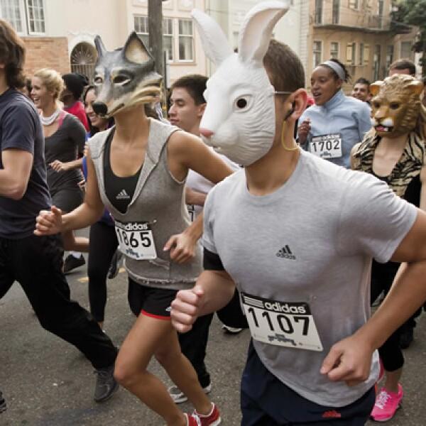 La compañía deportiva organizó una carrera en distintas partes del mundo para festejar el lanzamiento de esta campaña.