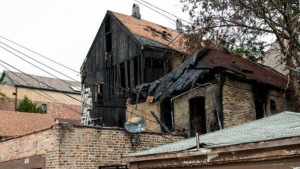 Diez niños que hacían una pijamada mueren al incendiarse una casa en Chicago