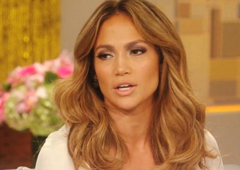 Durante una entrevista, la cantante aseguró que a pesar de haber fracasado en varios matrimonios, cree en el amor y se encuentra más feliz que nunca.