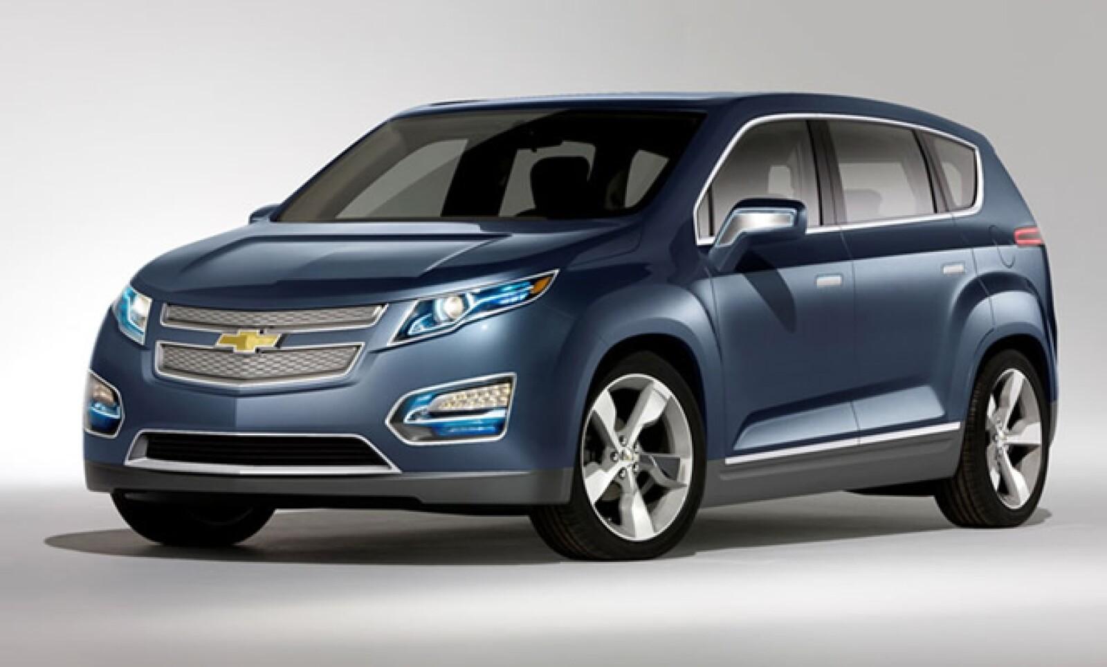 La parte mecánica de esta SUV no cambia en lo absoluto ya que seguirá siendo eléctrica de 150 hp; gracias a su motor  gasolina que servirá de generador para las baterías, generará una sustentabilidad de 482 kilómetros por recarga.