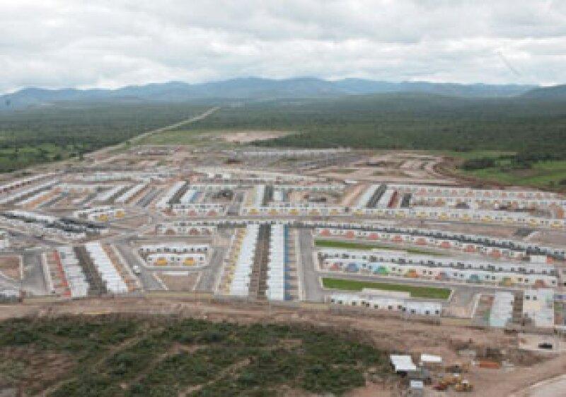 CYD Desarrollos Urbanos, filial de Urbi, invertirá 2,500 mdp en Ciudad Satélite, San Luis Potosí. (Foto: Cortesía Gobierno de San Luis Potosí)