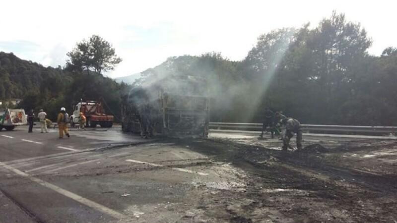 autobus_incendiado_michoacán