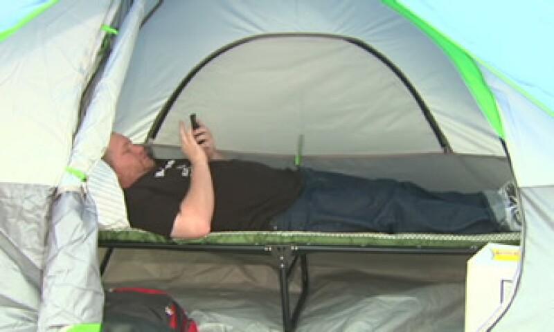 Los compradores más extremos acamparon toda la semana a la espera del inicio del Viernes Negro. (Foto: Cortesía CNNMoney)
