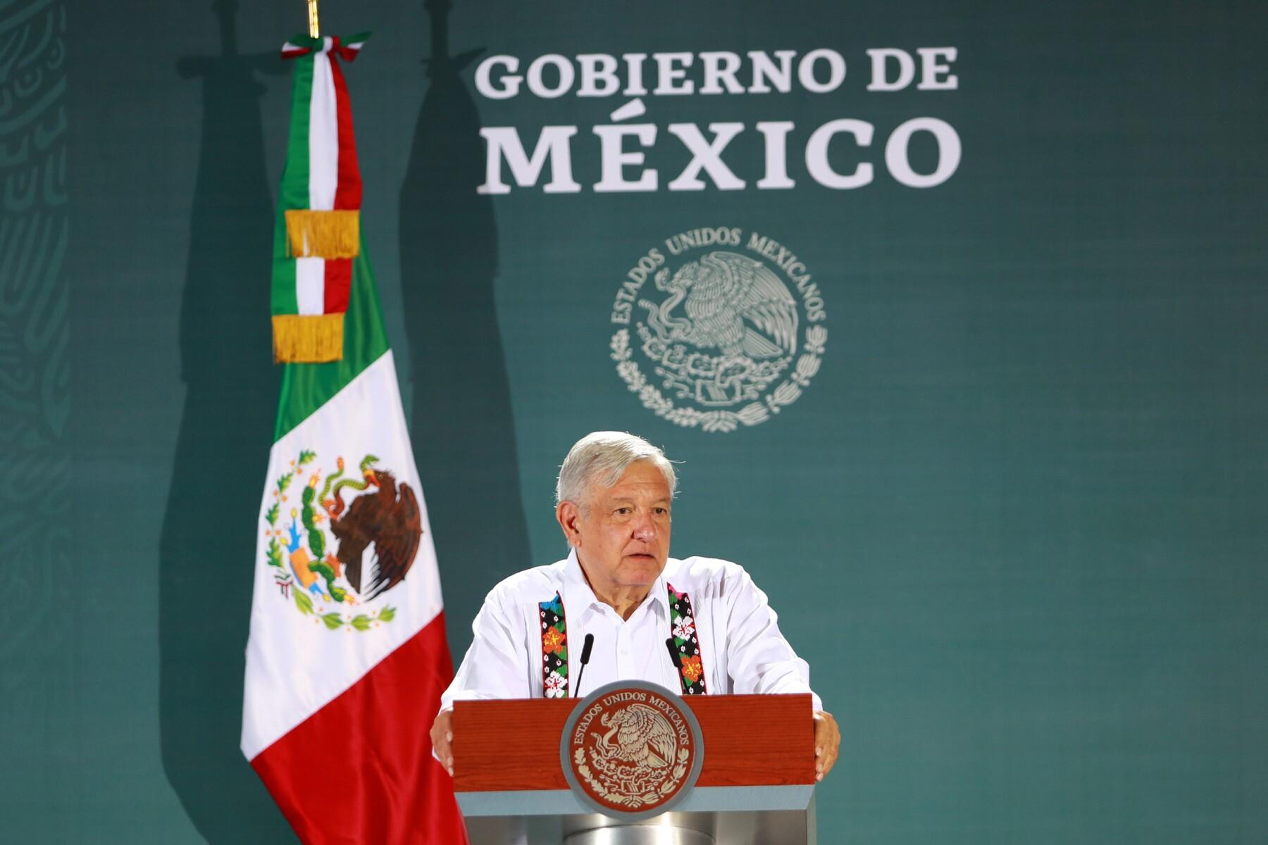 Conferencia matutina en Mérida