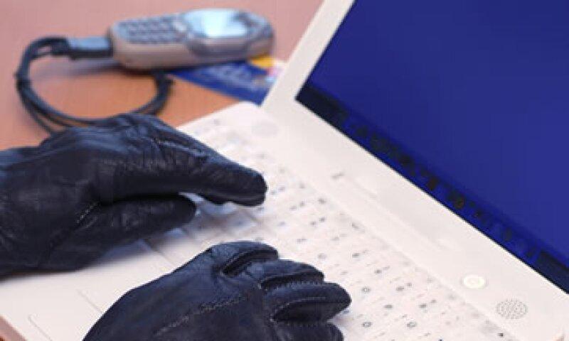 Organizaciones como Al-Qaeda pueden orquestar ataques cibernéticos en EU. (Foto: Photos to Go)