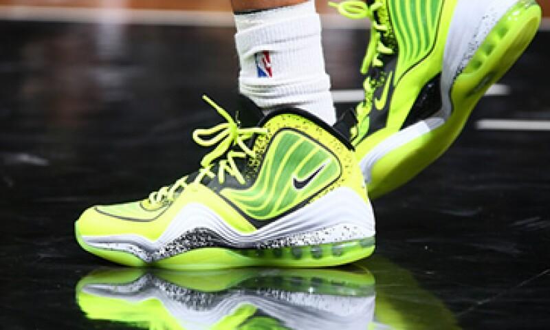 Nike ha rediseñado los uniformes de varios equipos para añadir neón. (Foto: Getty Images)