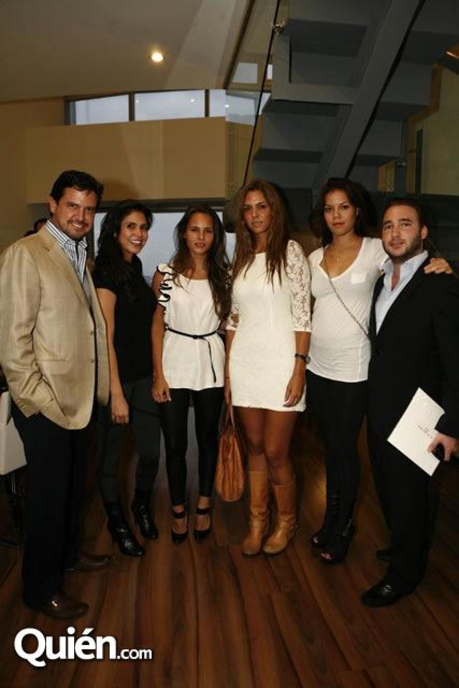 Archi Marván,Paola Casale,Bárbara Galindo,Greta Galindo,Adriana Sosa,Álvaro Zavala
