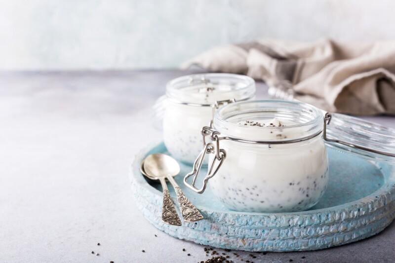 Yogurt griego con chía