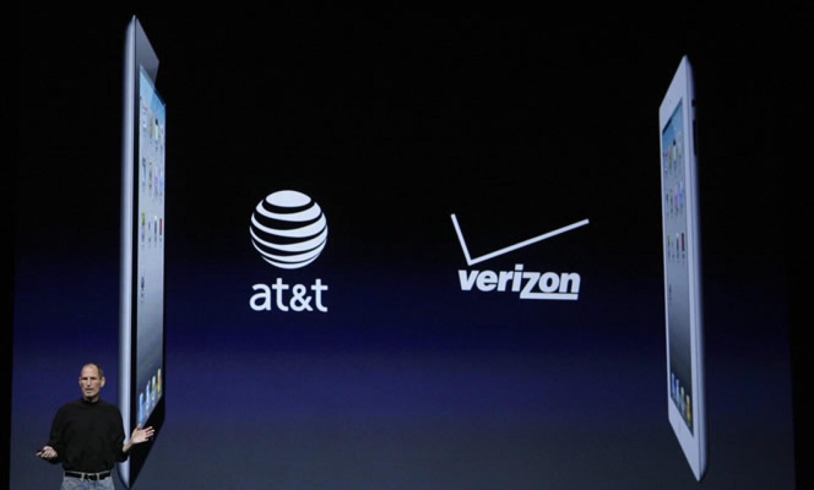 """""""No nos íbamos a dormir en nuestros laureles"""" sentenció el CEO mientras presentaba la iPad 2."""