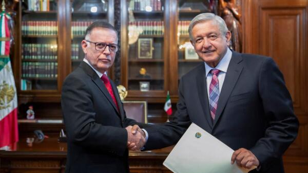BANDA. El presidente Andrés Manuel López Obrador no ha portado la Banda Presidencial en ninguna de las entregas de credenciales de los nuevos embajadores.