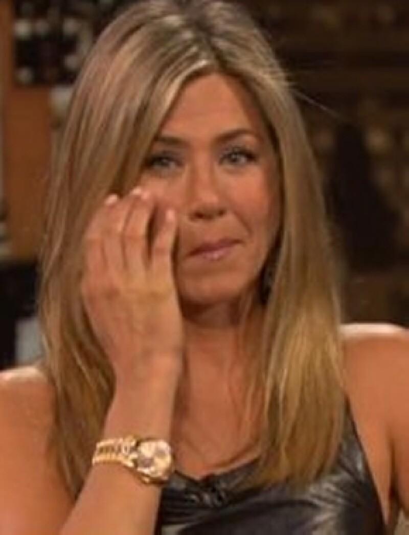 Se ve que Jen está muy ilusionada con el que será su segundo matrimonio.
