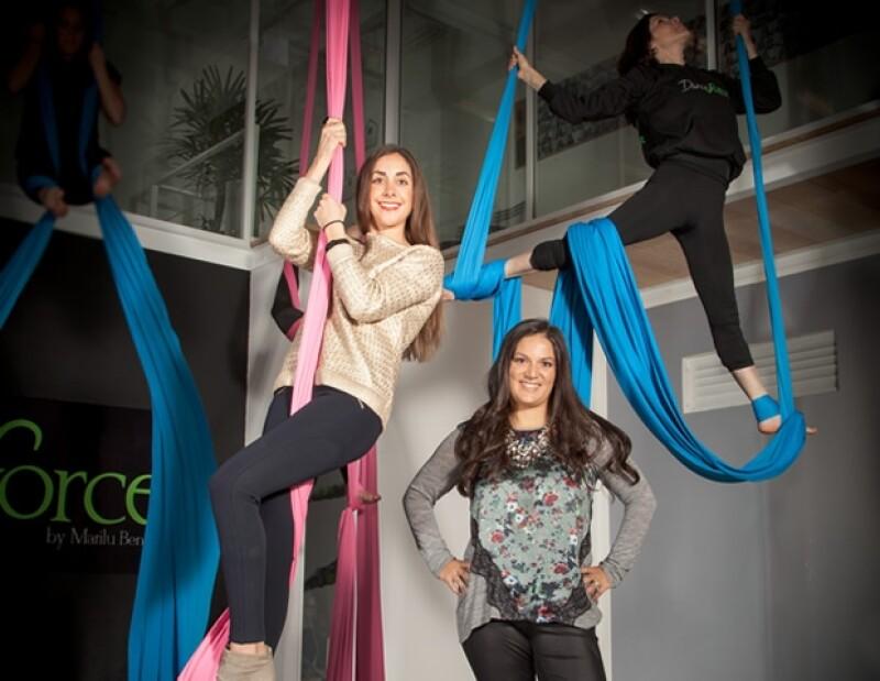 Inspirada por su pasión por el baile, Marilú Benitez creó Dance Force, en donde enseña la disciplina aérea, hoy en día una de las más buscadas en nuestro país.