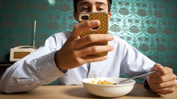 La mayoría de los usuarios de Internet son personas jóvenes, ya que alrededor de 38.1 millones tienen menos de 32 años. (Foto: Getty Images)