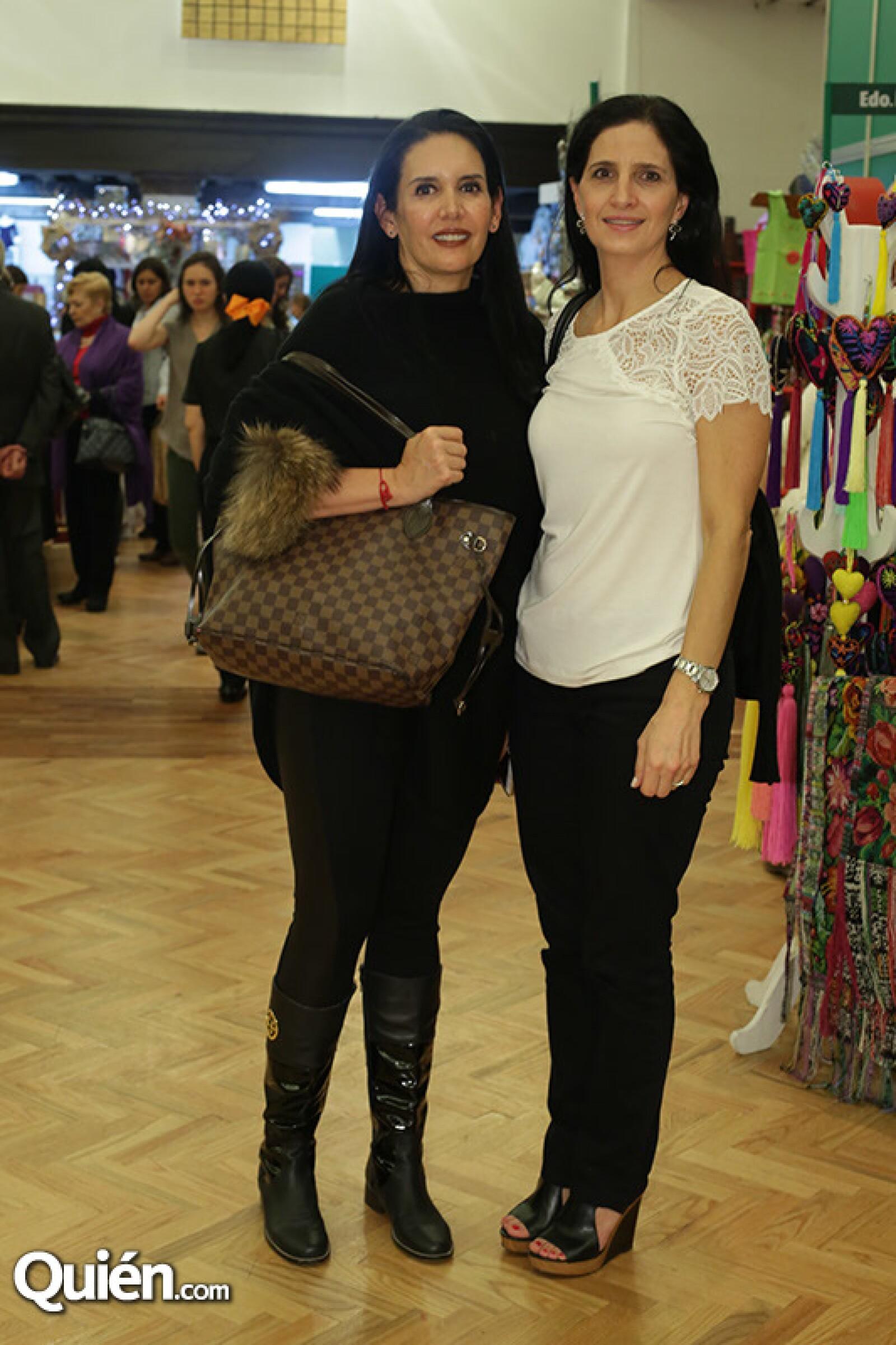 Jeanine Saad y Estela Vega
