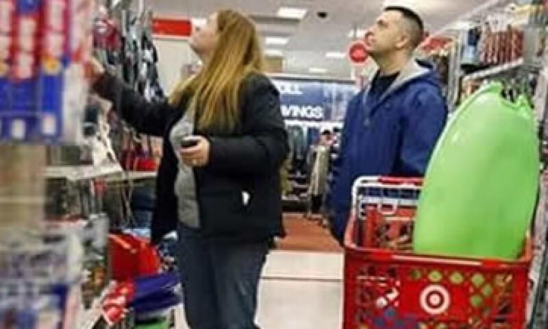 Las ventas minoristas han aumentado por un clima más templado y una serie de noticias económicas positivas.  (Foto: Archivo)