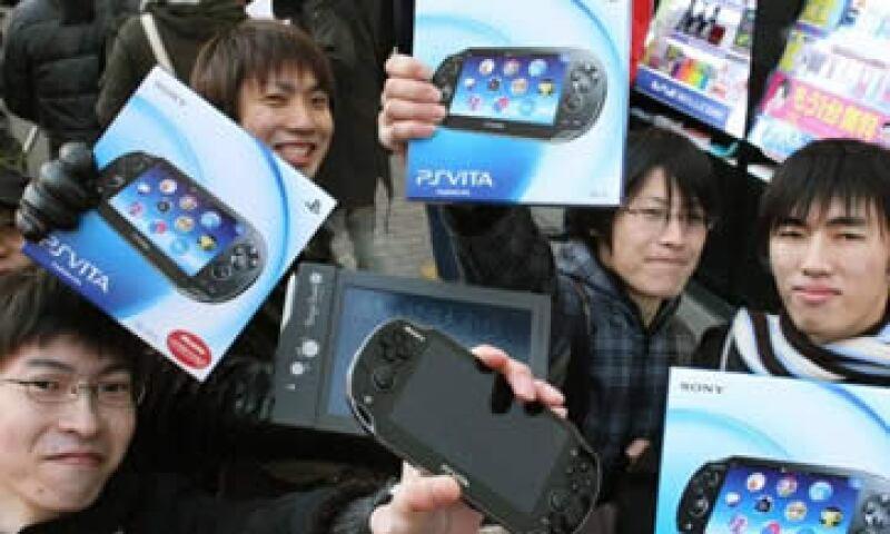 PS Vita no alcanzó las ventas del 3DS de su rival Nintendo, que vendió 371,000 durante sus primeros dos días. (Foto: AP)