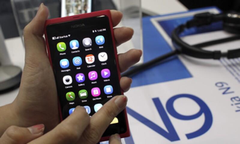 Samsung probablemente busque rebajar el pago a aproximadamente 10 dólares a cambio de una alianza más profunda con Microsoft. (Foto: AP)