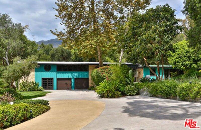La fachada de la nueva casa de 2.5 millones de dólares de Miley Cyrus.