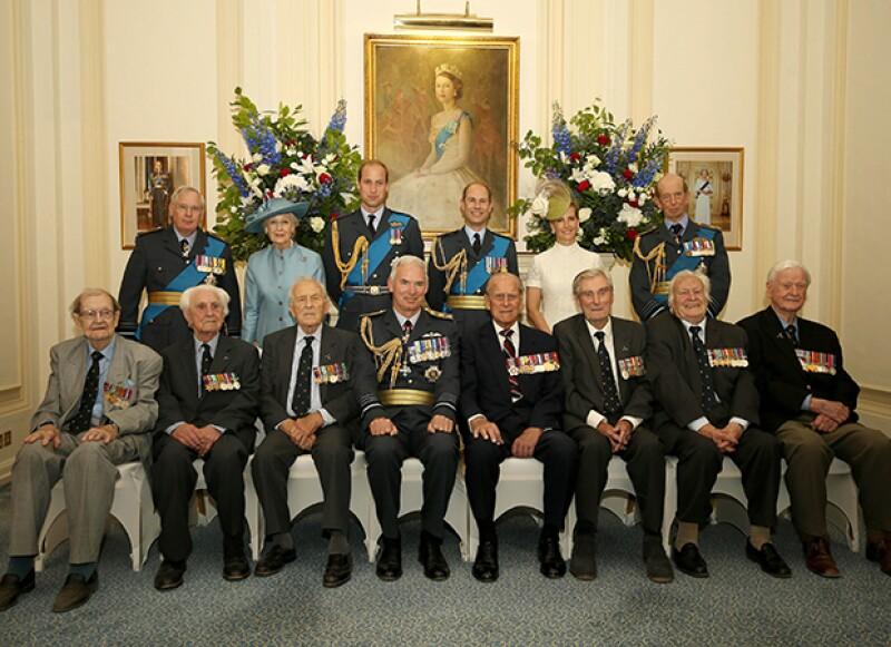 La foto oficial del Aniversario 75 de la Batalla de Inglaterra que tanto desesperó al príncipe Felipe, Duque de Edimburgo.