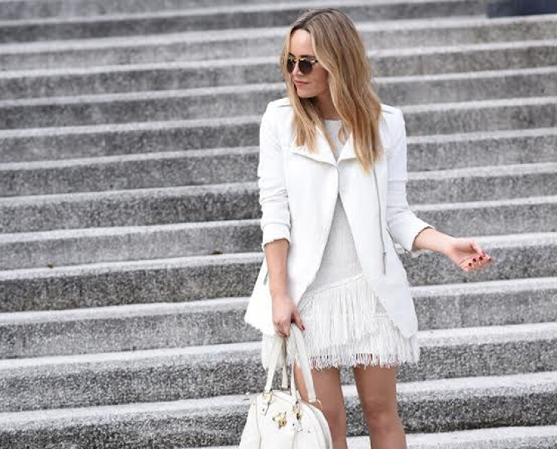 La fashion stylist y blogger tapatía  nos platicó de su nuevo proyecto, 'DELAV Studio' ,una consultaría de imagen que se ofrece una propuesta para mejorar tu look.