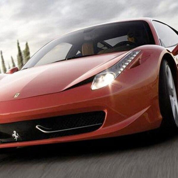 Este es el Ferrari más fácil de conseguir de nuestra lista, ya que está a la venta en todos los distribuidores Ferrari del mundo. Se presentó en el Salón de Frankfurt en 2009 y tiene un motor que entrega poco más de 570 caballos de fuerza.
